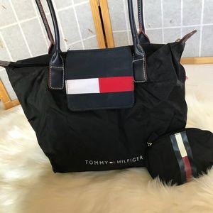 Large Tommy Hilfiger tote/shoulder bag w/ wallet